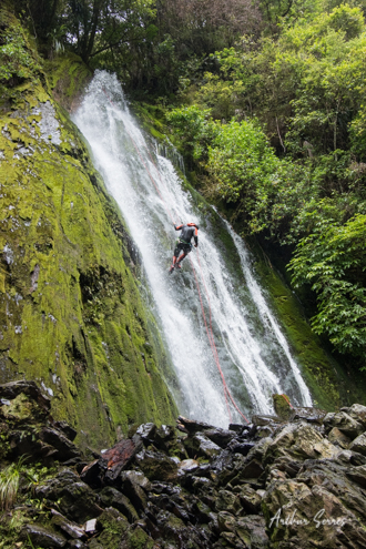 taipo creek waterfall canyoning nouvelle zélande