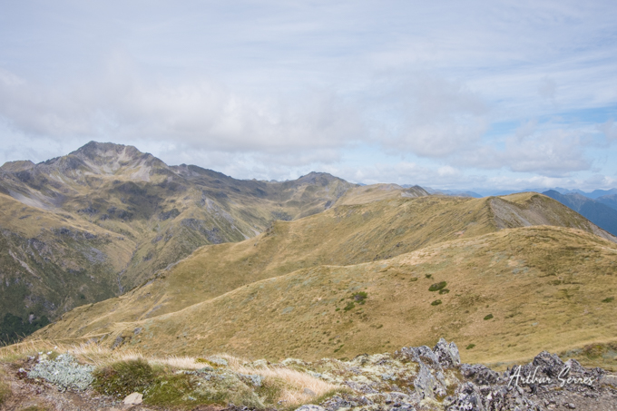 Lewi's Pass tops